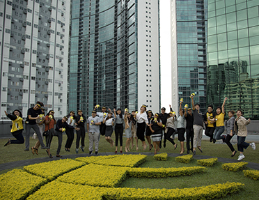 Building a brighter world with Sun Life Foundation