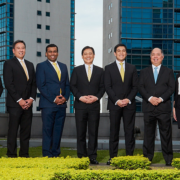 Select heads of the Sun Life Philippine Leadership Team