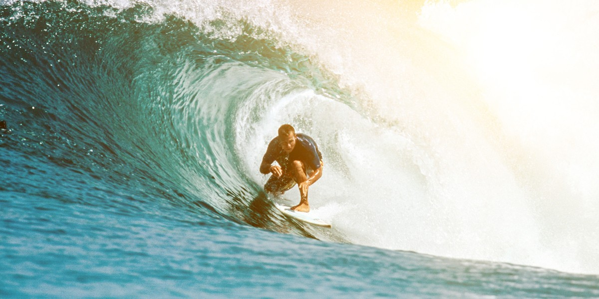 Ride the best waves of local opportunities with the Sun Life Prosperity Dynamic Fund's flexible investment strategy